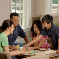 640px Family Playing A Board Game 3